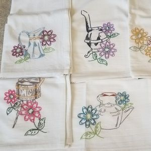 7Day Hand Embroider Kitchen Tea Towels Container